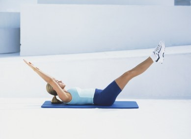 10 Core Exercises To Flatten Your Belly Fast