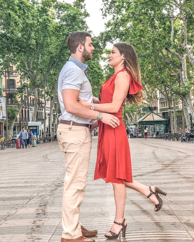 Couple Meet at Las Ramblas