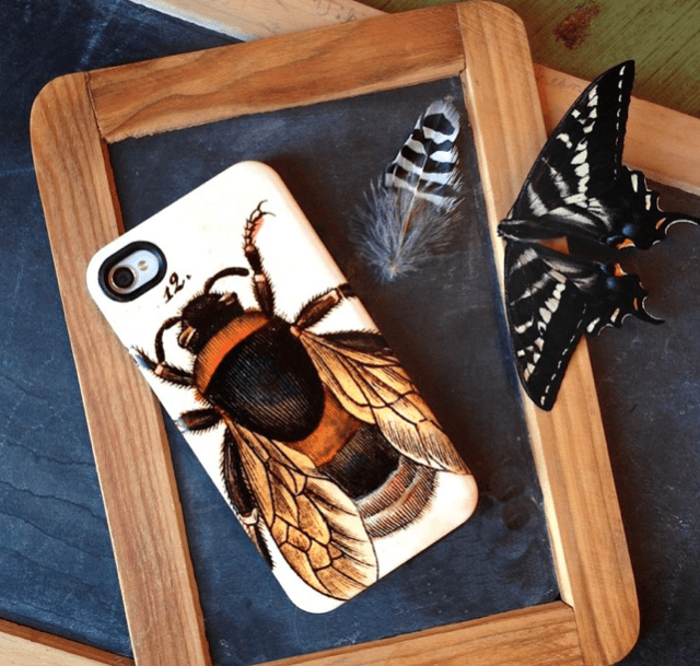 Cartolina Bee iPhone Case