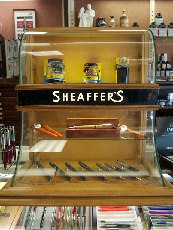 Daly's Pen Shop Sheaffer's vintage pen display