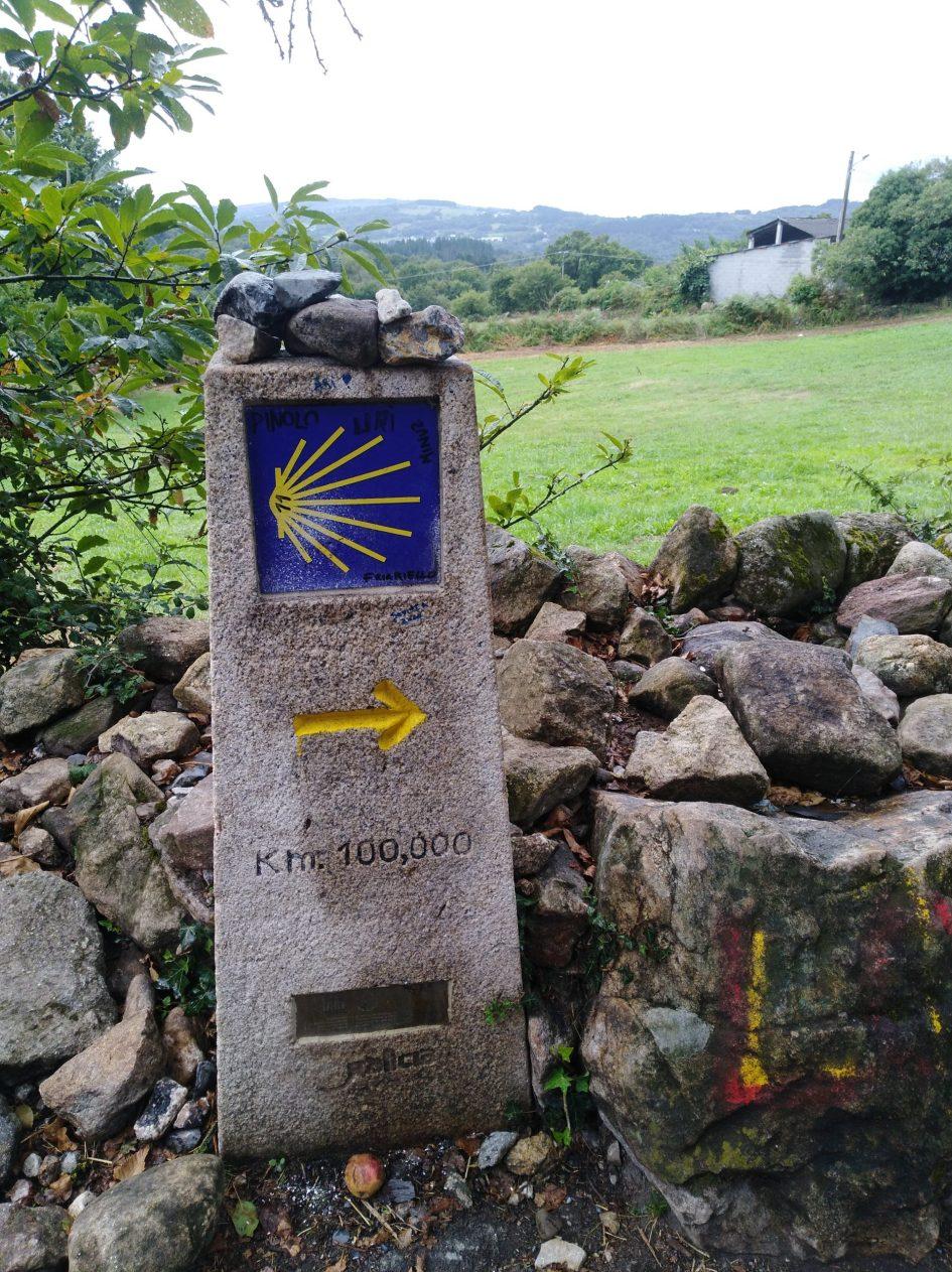 100 km mijlpaal naar Santiago