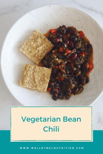 vegetarian bean chili with corn bread