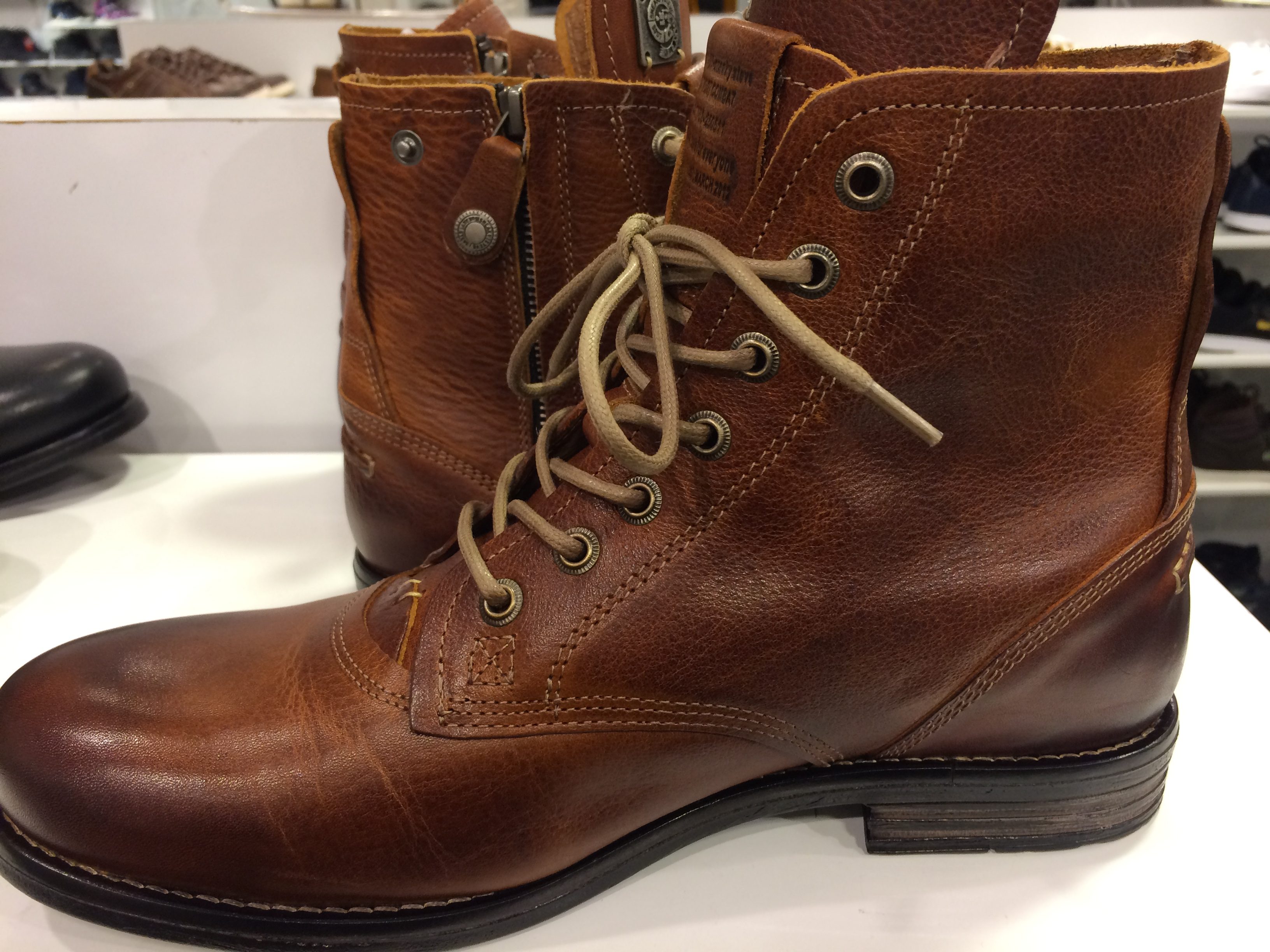 Boots with zips for men, are you serious? A men's boot rant.