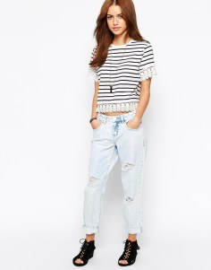 FOR ALL MY SHORT LADIES!! I know finding a cool pair of jeans can be hard, especially a cool pair of boyfriend jeans. But don't despair: ASOS has an amazing Petite line and you can snag these New Look Petite Boyfriend jeans for $45.00 http://bit.ly/1b0Uur3
