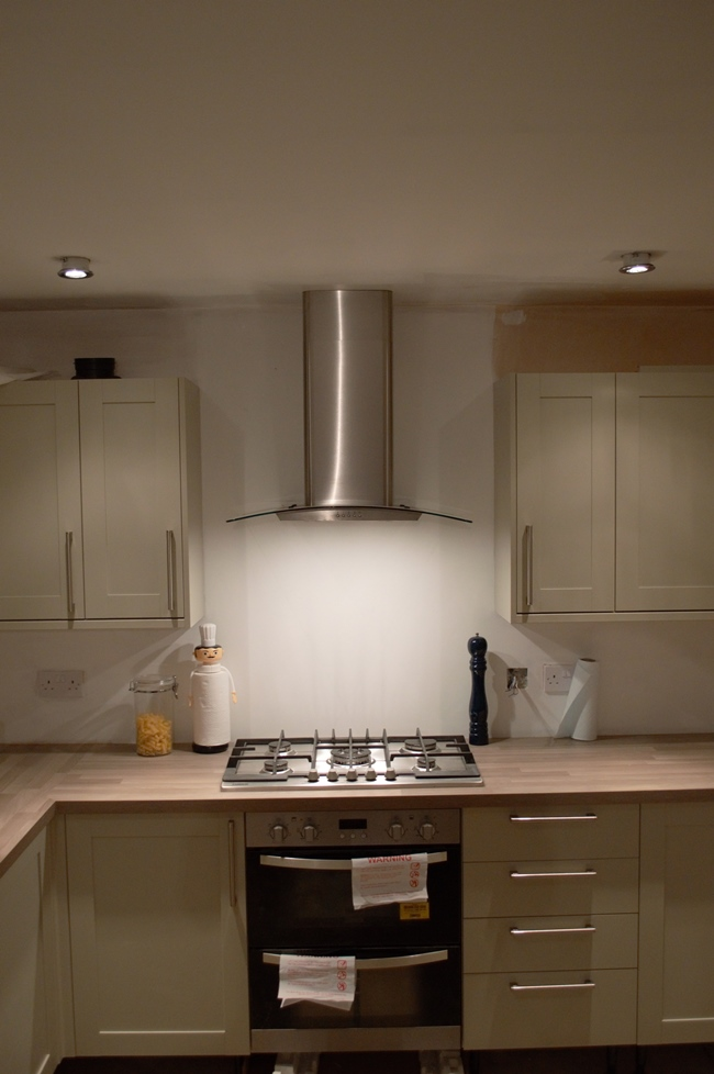 Extractor for kitchen  Kitchen and dining room