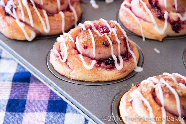 berry-cheesecake-scrolls-20