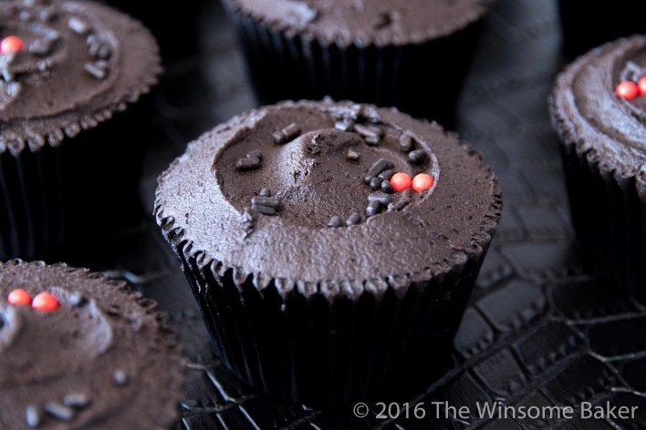 dead-of-night-cupcakes-8