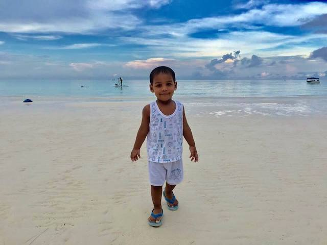 travel with kids to boracay