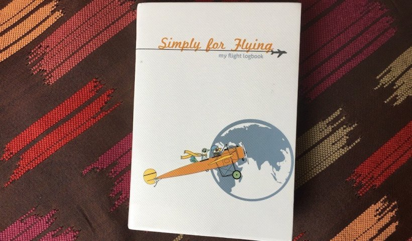 Simply For Flying - My Flight Logbook: My Kids' First Logbook - Wellington World Travels