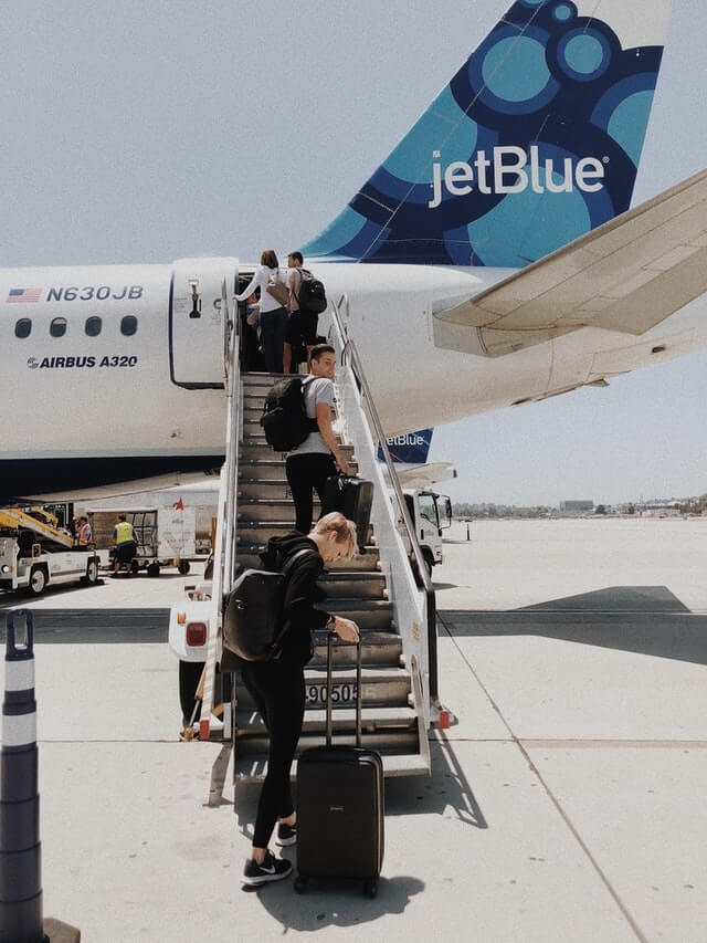 boarding jetBlue
