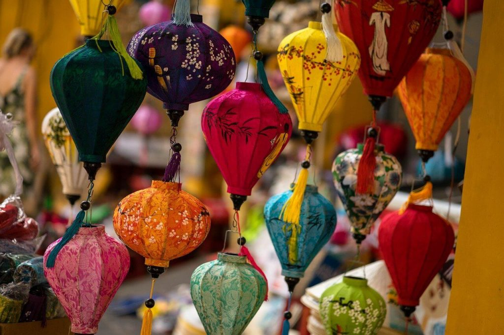 Travel Bloggers Share Their Souvenir Collection - Wellington World Travels #travel #souvenirs