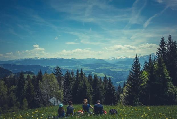 Family-Friendly Spring Break Destinations in the USA - Wellington World Travels | USA travel | family friendly destinations | Spring destinations #springbreak #familytravel #travelwithkids