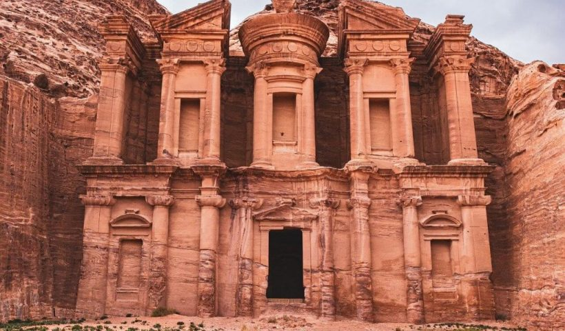 Amazing Places to Visit in the Middle East - Wellington World Travels