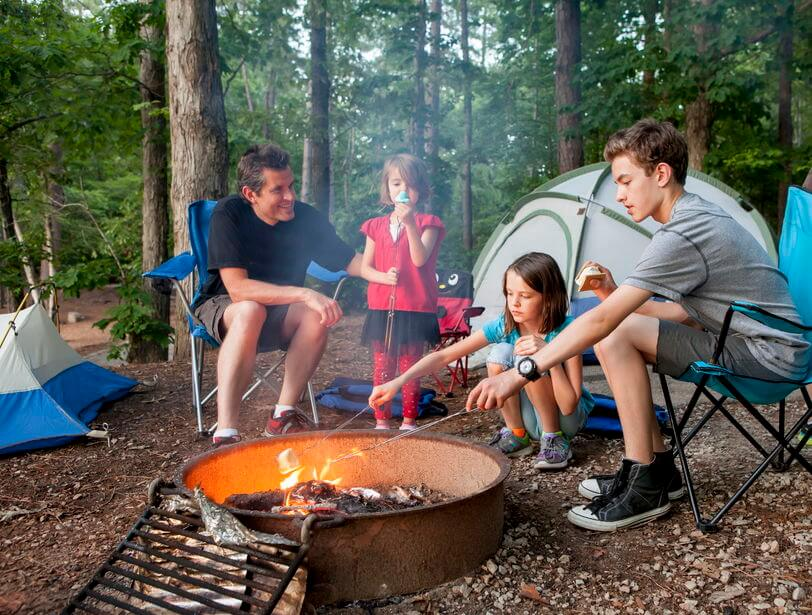 Tips on How to Enjoy Winter Camping With Kids