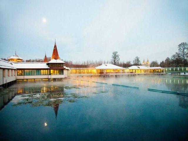 Lekovito jezero, Heviz
