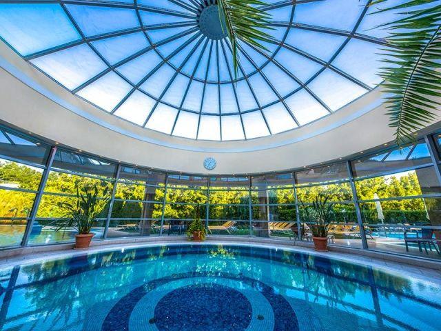 Lepence Spa, Thermal hotel Visegrad