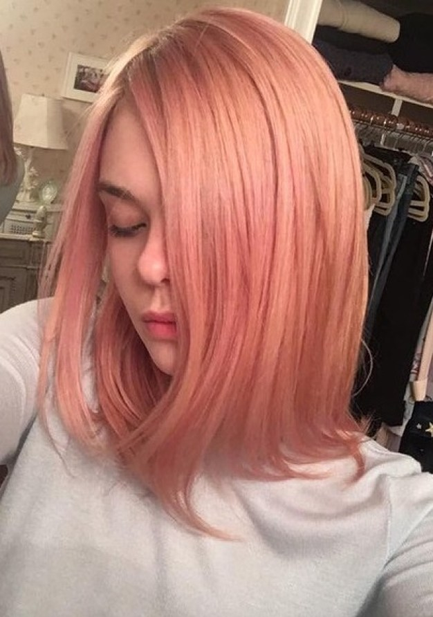 elle-fanning-rose-gold-hair