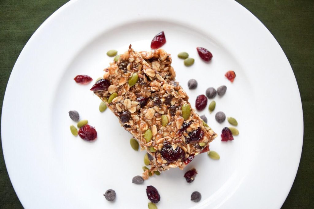 healthy homemade trail mix bar recipe