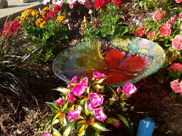 Birdbaths look great in landscape design