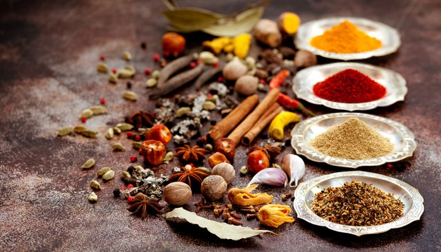Top 5 Ways to Burn Fat: Include Fat-burning Herbs & Spices