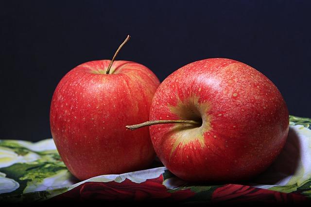 Yogurt apple smoothie -apple