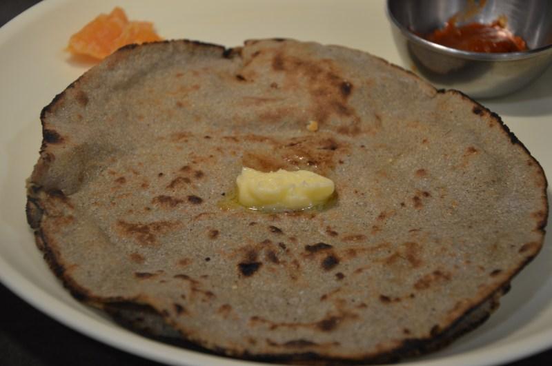 health benefits of bajra/pearl millet: bajra roti