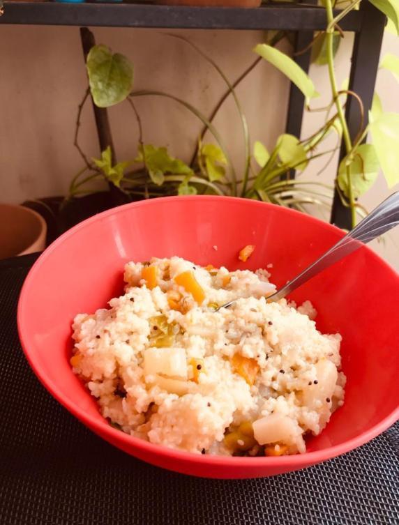 15 Indian Breakfast Ideas For PCOD/PCOS -  Dalia upma