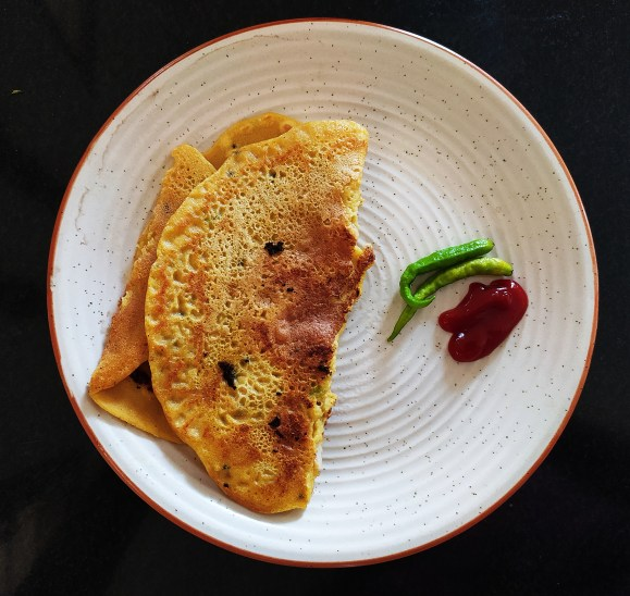 13 Healthy Indian breakfast ideas with 85 variations - besan chilla