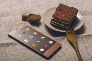 android-android-phone-baking-441795