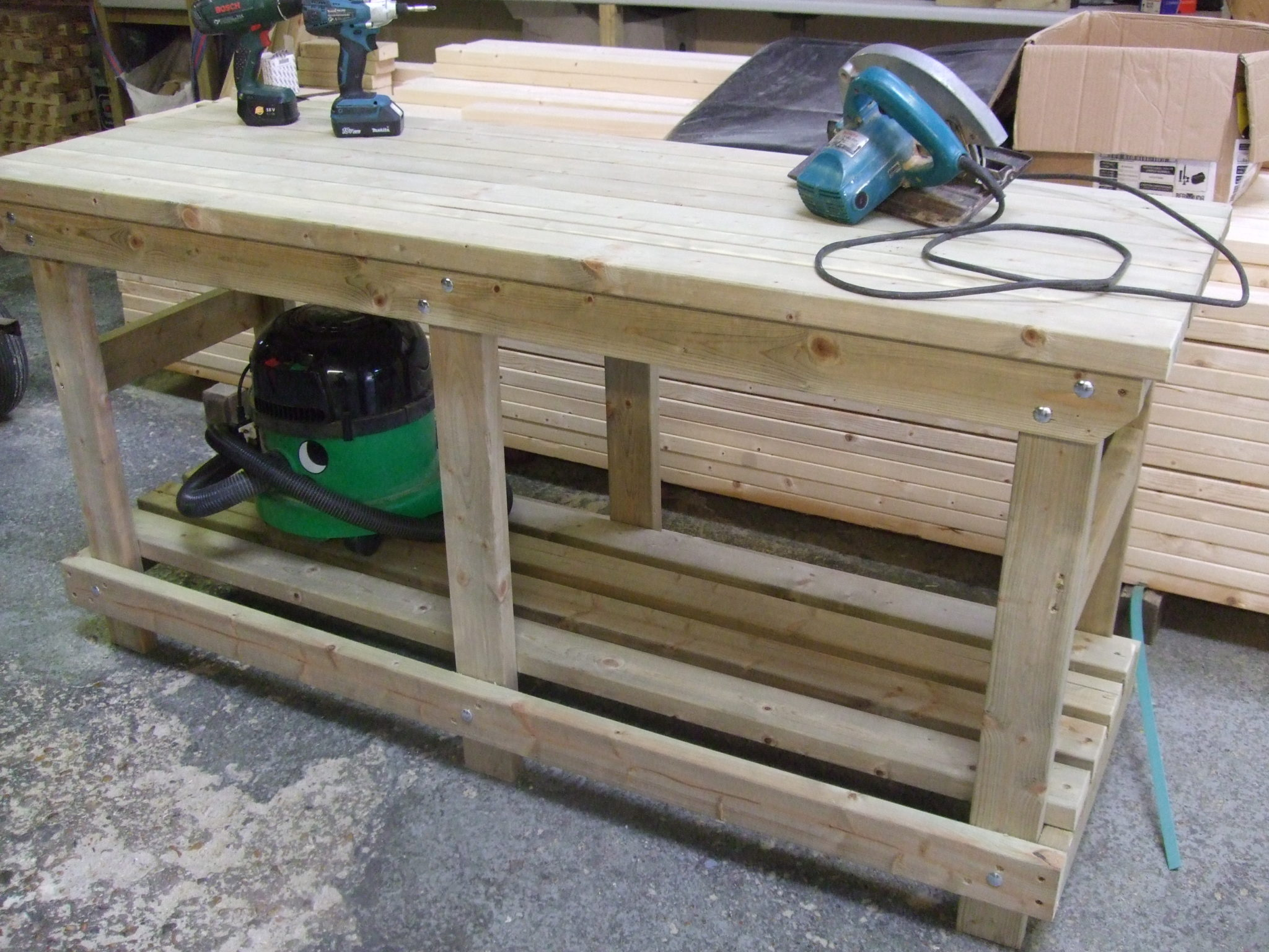 Solid Heavy Duty Workbench