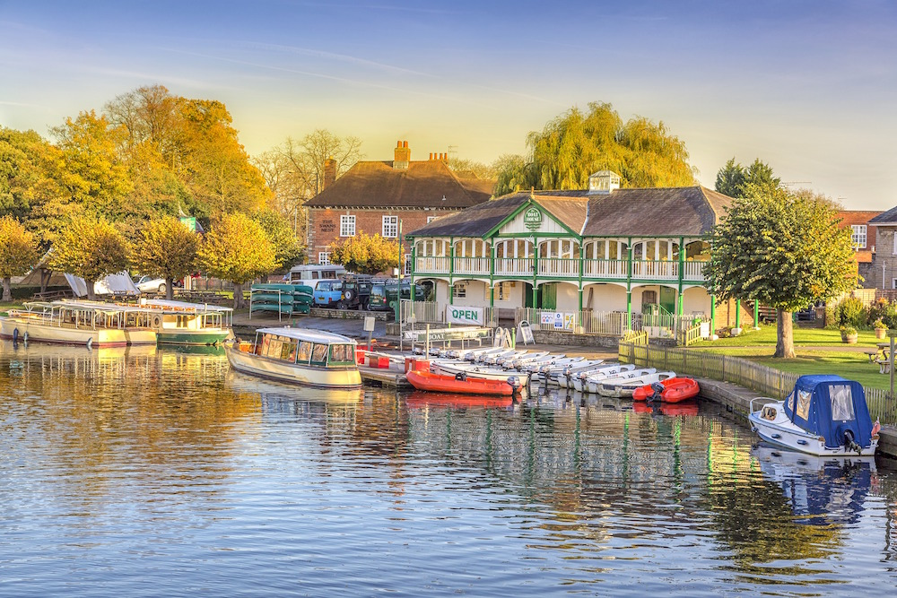 Stratford-Upon-Avon is a medieval market town and the 16th-century birthplace of William Shakespeare.