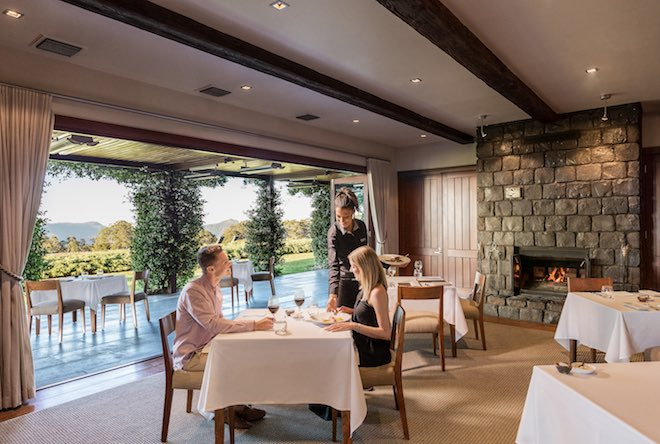 Spicers Peak Lodge dining.