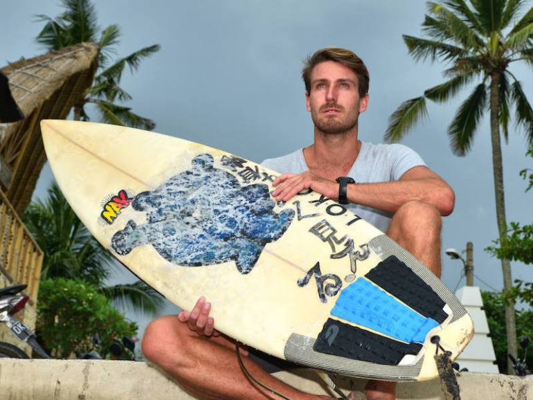 Dean Gough from Solid Surf House - Imgae credit Ronan O'Connell 800x600