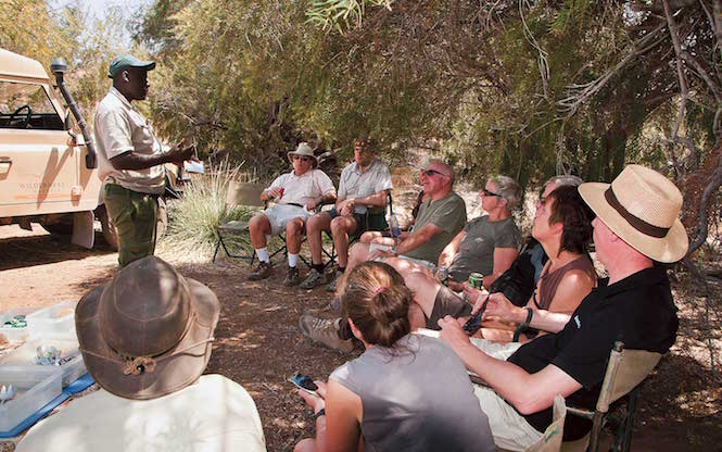 Wildlife safari lectures from local experts - Image Scenic