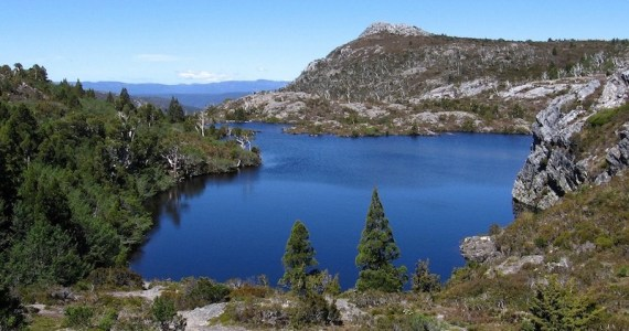 Lake St Clair, Tasmania - Image Chris Viney 800x600