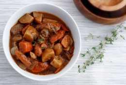 Vegan Soup: Mushroom Seitan Stew