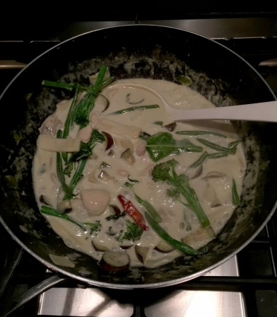 BLUE DRAGON | THAI GREEN CURRY | WE LOVE FOOD, IT'S ALL WE EAT