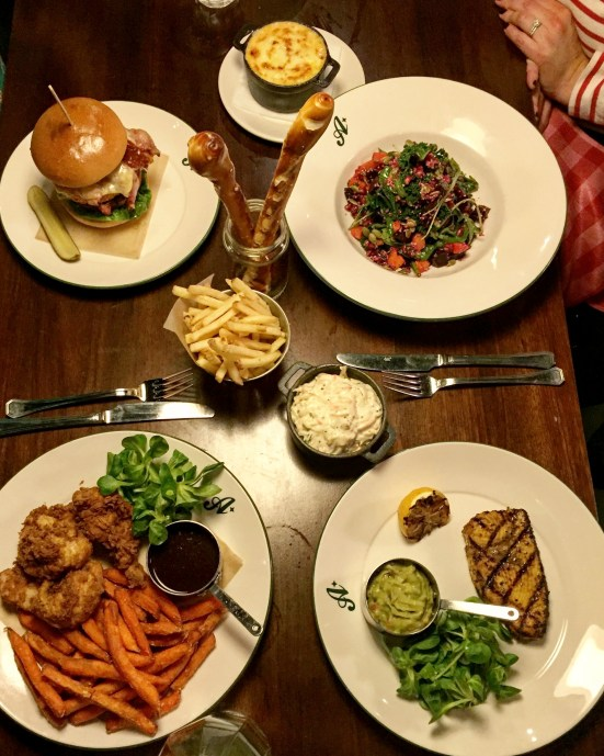 ALL STAR LANES BOWLING | BAYSWATER | WE LOVE FOOD, IT'S ALL WE EAT