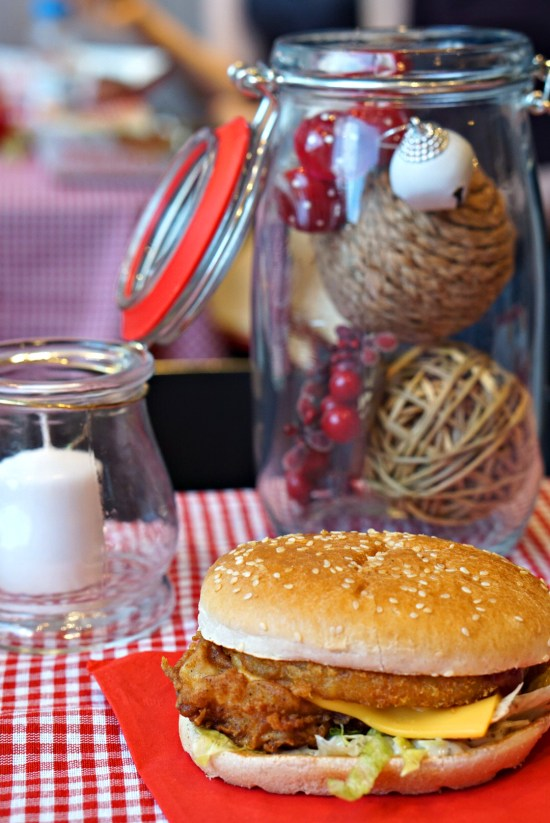 KFC CHRISTMAS BURGER | KENTUCKY FRIED CHICKEN | WE LOVE FOOD, IT'S ALL WE EAT