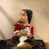 Feline friend, by Bill Gekas