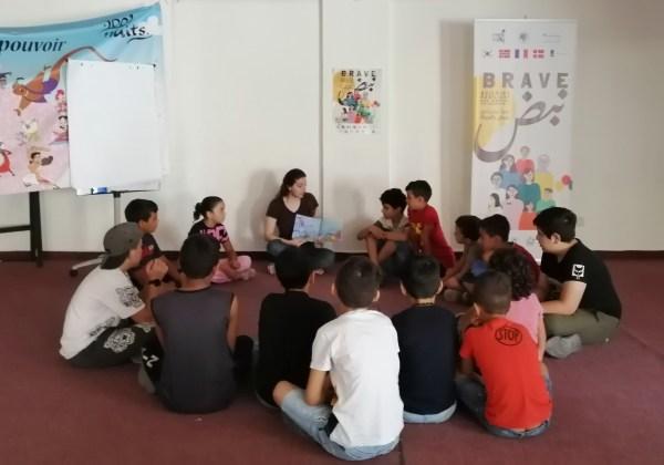 الجلسة الرابعة على التوالي لسفيرة القراءة دينا الموعد في لبنان خلال شهر أيلول