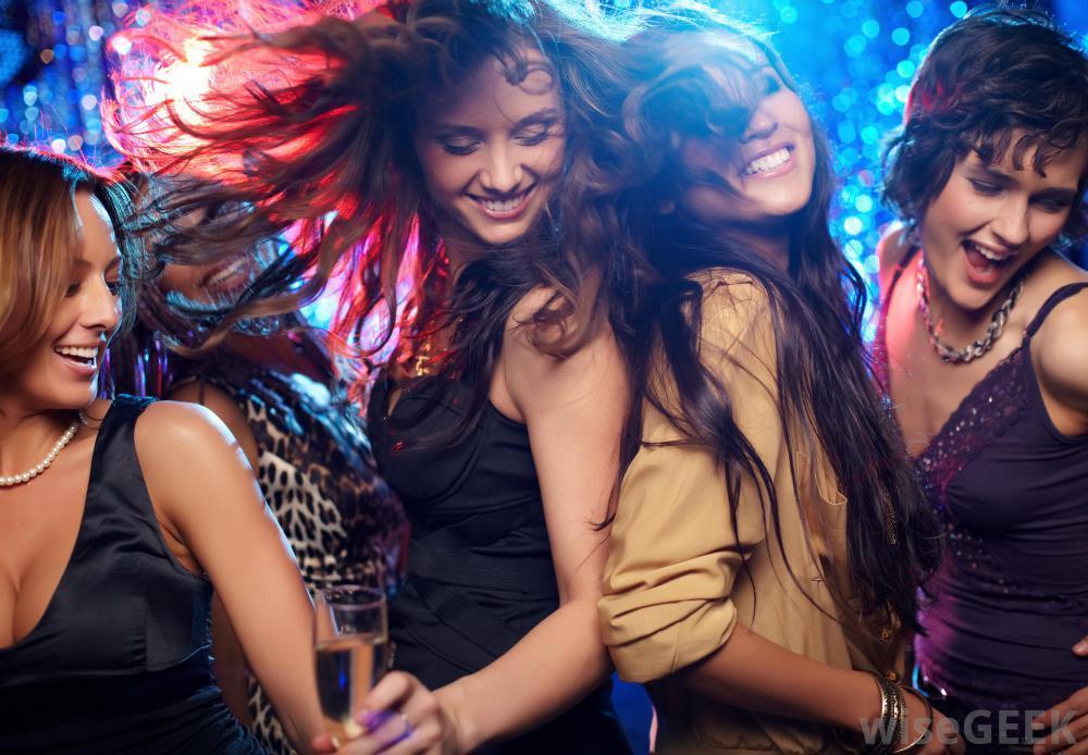Dj Punjabi Girl Wallpaper Todo Lo Que Tiene Que Aguantar Una Chica Una Noche De
