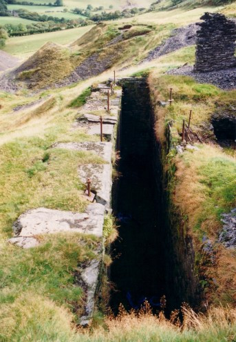 40 foot wheel-pit for pumping and winding Engine Shaft.