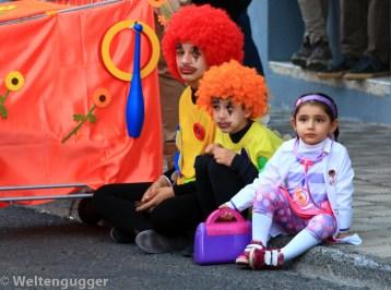 Traurige Clowns mit Krankenschwester