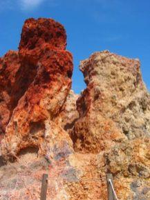 Farben satt an den alten Kraterwänden...