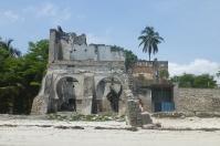 Einsturzgefährdet - die Gebäude aus der Kolonialzeit.