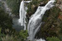 Zahlreiche Wasserfälle stürzen an der Panoramaroute durch die Transvaal Drakenberge in die Tiefe.