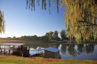 Sundownerfahrten gibt es zurzeit nicht und das Wassertaxi über den Orange River hat schon lange seinen Betrieb eingestellt.