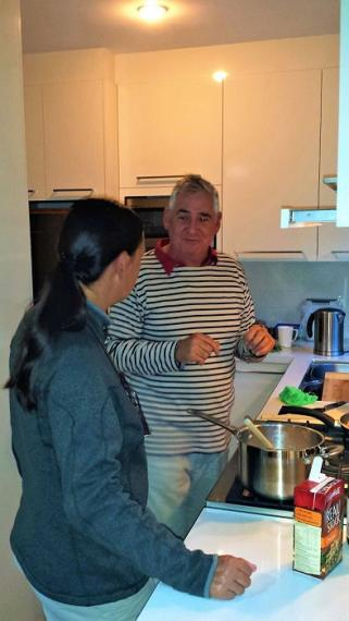 Während des gemeinsamen Kochens gab uns Glenn eine kleine Einführung für Australien.