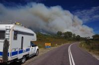 Leider bleibt auch Tasmanien von Waldbränden nicht verschont. Schön aufpassen und schnell durch, meinte ein Feuerwehrmann und ließ uns fahren.